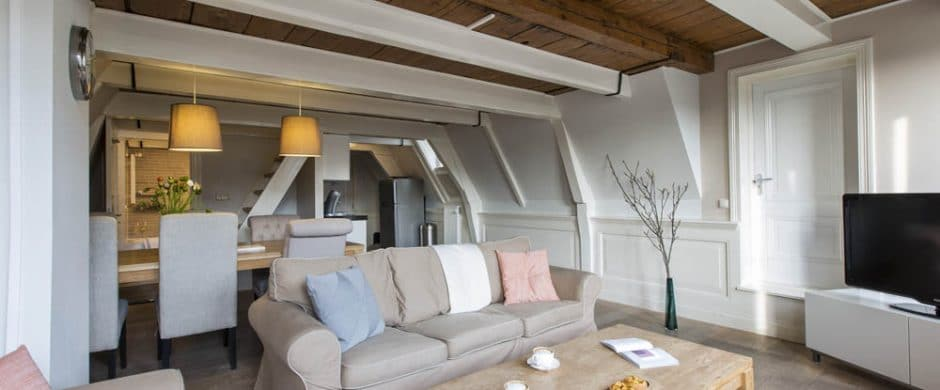 Canal Penthouse [6 Guests]